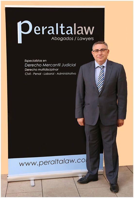 miguelPeralta_abogado